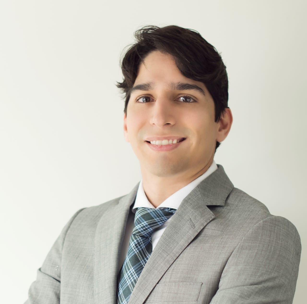 Francisco Muniz, advogado e diretor acadêmico da ESA-PE.