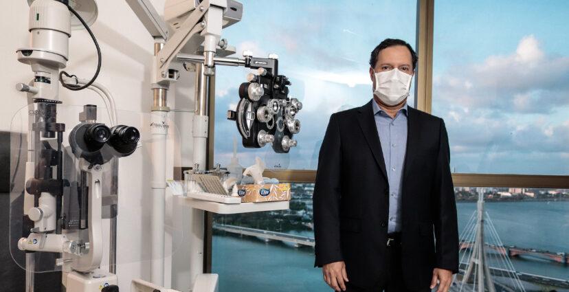Oftalmologista Paulo Saunders